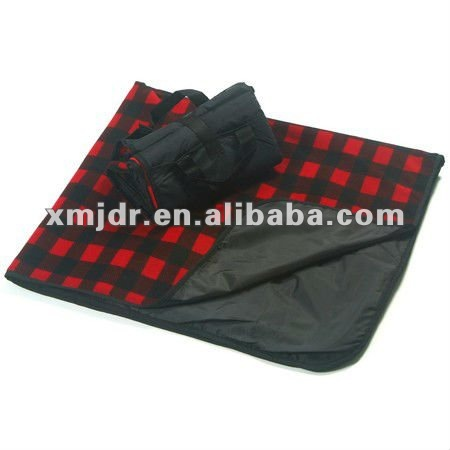 Plaid waterproof fleece picnic blanket