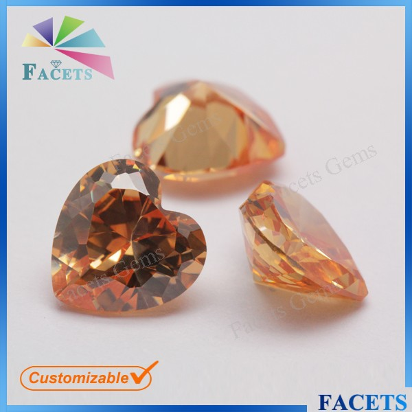 Facets Gems Factoey Price CZ Champagne Toapz Gemstone Heart Shape Wholesale Moissanite