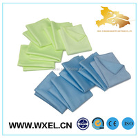 absorbent cleaning microfiber cloth in roll