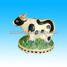 High quality porcelain cow