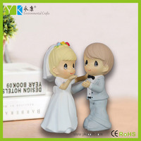 2016 New style modern unique bride and groom love wedding couple figurines household wedding favors