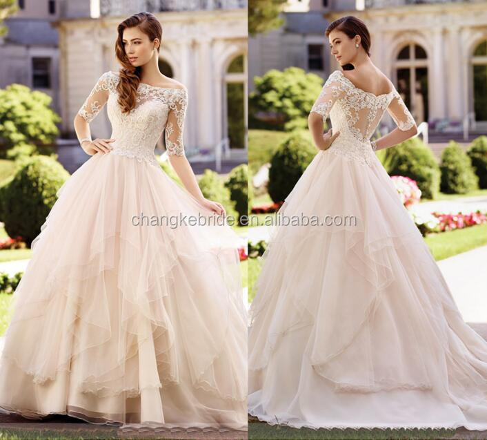 Ball Gown Boat Neck Layers Skirt Saudi Arabian Muslim Wedding Dress Half Sleeve