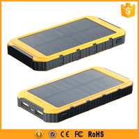 Portable solar charger 8000mah with high efficiency solar panel for iphone