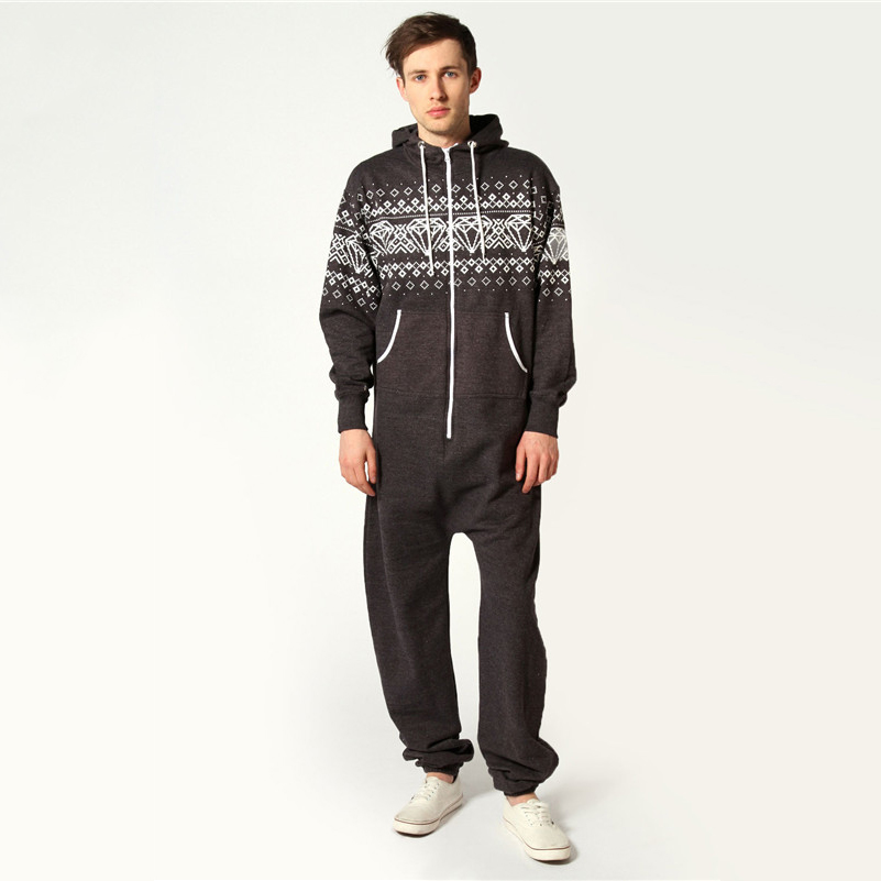 With pajamas and robes that fit and feel like a dream, you'll sleep better than you ever have before. Whether you're looking for pajama sets, bath robes or slippers, you're sure to find an incredible array of options for your sleepwear rotation. The soft comfort of flannel pajama pants envelops you .