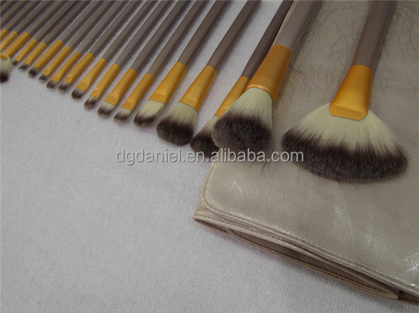 Hot sale 22pcs Synthetic cosmetic brush makeup brush set private label foundation makeup brush