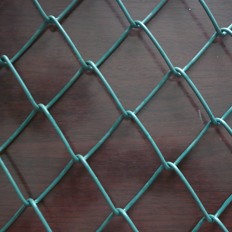 Water-proof galvanized 4 x 10 chain link fence gate connector panels