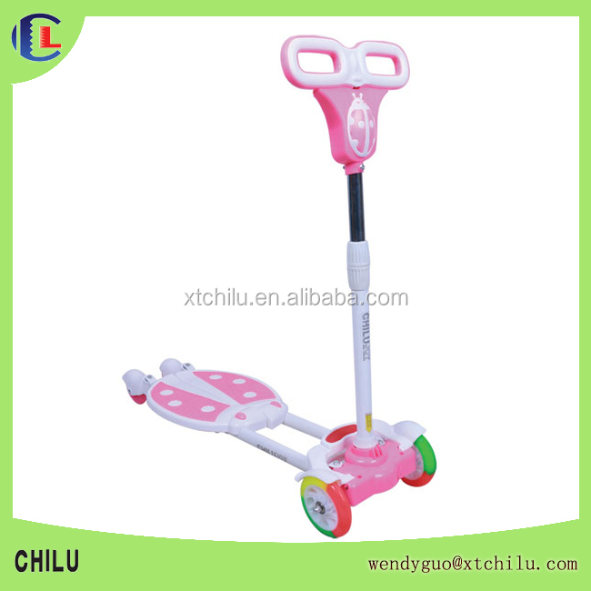 Wholesale 3 wheel flicker scooter new pattern frog scooter with CE tested(factory)