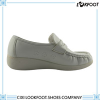 Cixi pu injection shoes company ladies fancy flat shoes