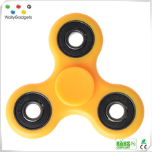 Wholesale anti anxiety desk toy LED flashing spinner fidget brass top
