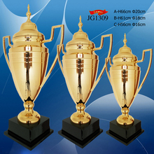 Human style metal award trophy cup wooden base trophy for promotion
