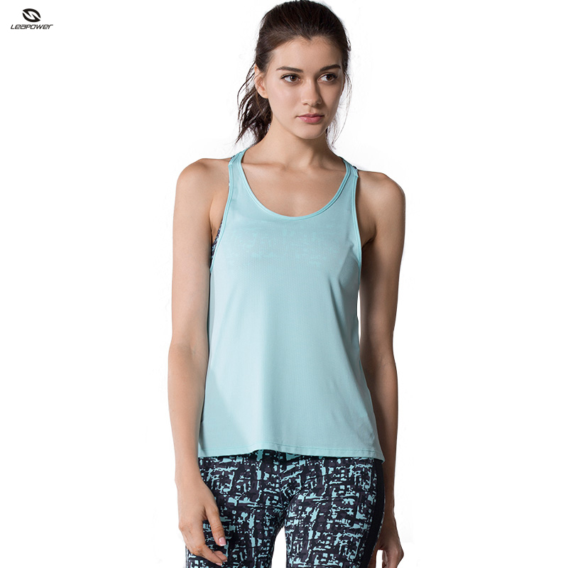 New Style Female Workout T Shirt Dry Fit Two Pieces Yoga T Shirt With Bra
