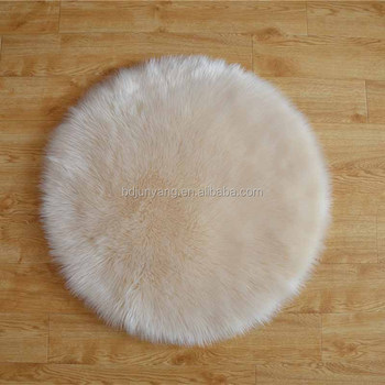 Beautiful faux fur white fabric long hair fur carpet