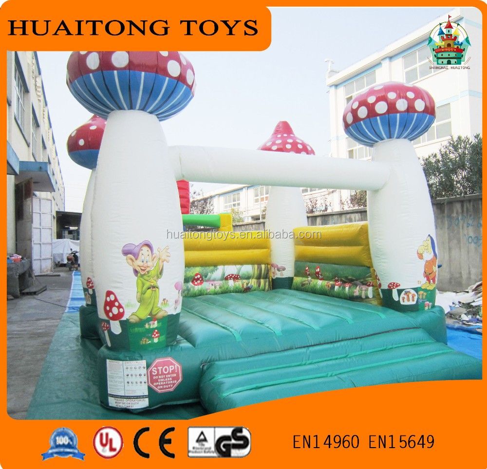 best ourdoor game for adult and kids/different design inflatable obstacle bouncer with free EN14960 certificate
