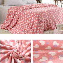 2015 waterproof knitted cheap girl minky dot blanket