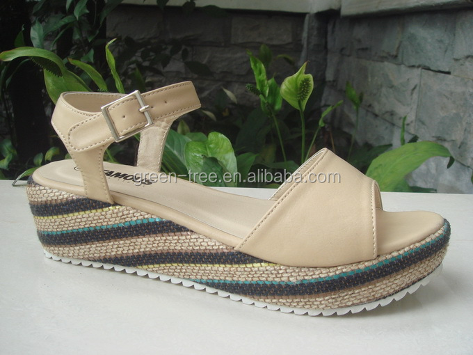 China Wholesale Woman Casual Wedge Sandal Shoes with Competitive Price