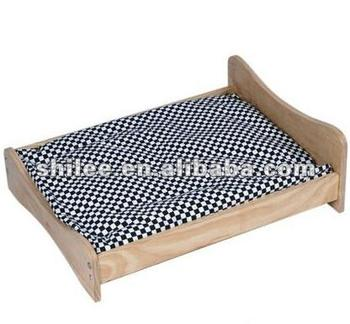 Plush mat wooden pet bed for cat dog