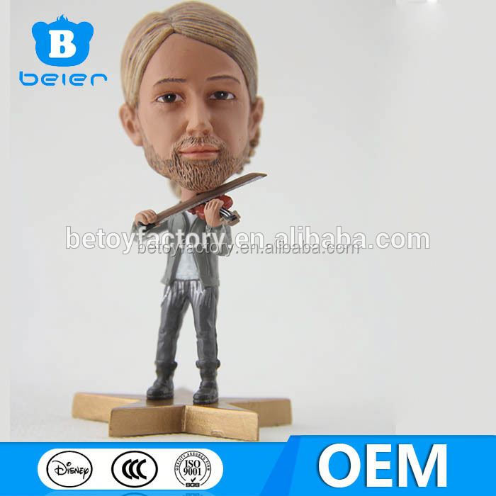 Violin actor figurines with big head,mini people figurines,OEM/OEM toy factory