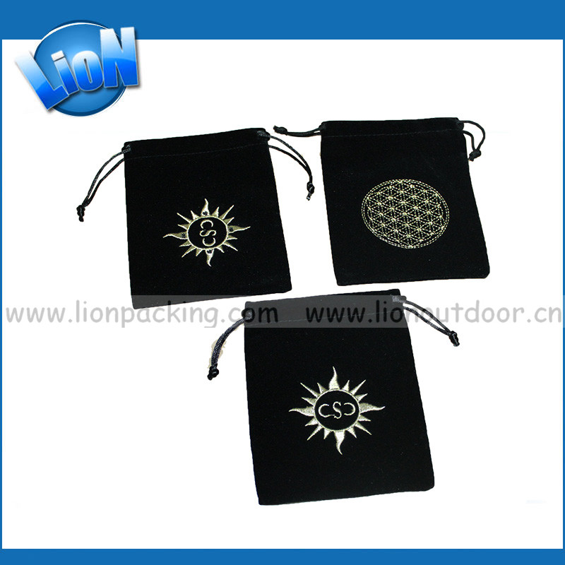 OEM/ODM Factory Wholesale Good <strong>Quality</strong> Handcraft black velvet drawstring pouch