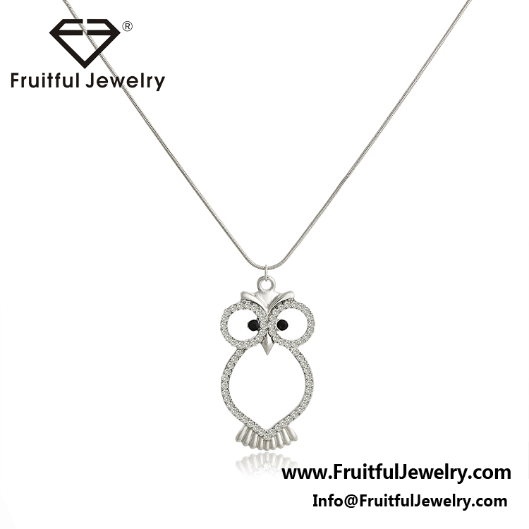 Black Eyes Rhinestone silver plating Owl Hollow Alloy Pendant Link Chain Personalized Necklace Yiwu