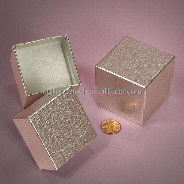 2015 Wholesale New Custom Velvet Jewelry Box Small Decorative Gift Box for Jewelry