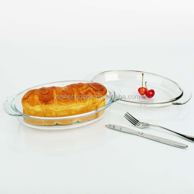 Small oval tempered glass casserole with handle/SGS testing microwave safe