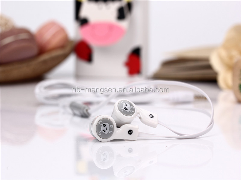 Supper bass earbuds Stereo earphone free sample earbuds earphone for iphone6