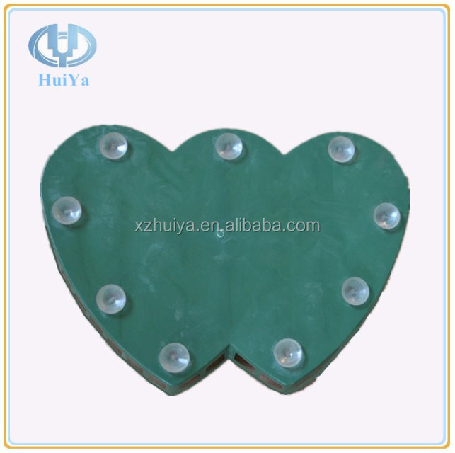 Sucking Double Heart Shaped Flower Foam for Floral Arrangement on Bridal Cars, Walls, Pillars