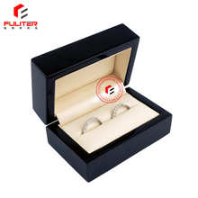 Engagement wooden box closures for couple ring