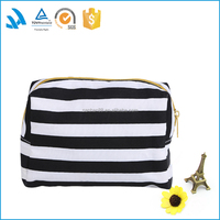 2015 Promotional Travel Polyester makeup bag/cheap cosmetic bag