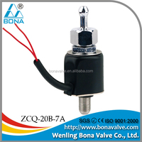 wheel tire valve cap flash led light