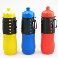 2015 China Manufacturer bpa free Squeeze Soft Silicone Plastic Bottles with carabiner