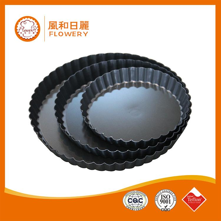 Brand new 12 holes bakeware online mud pie wholesale muffin pan with high quality