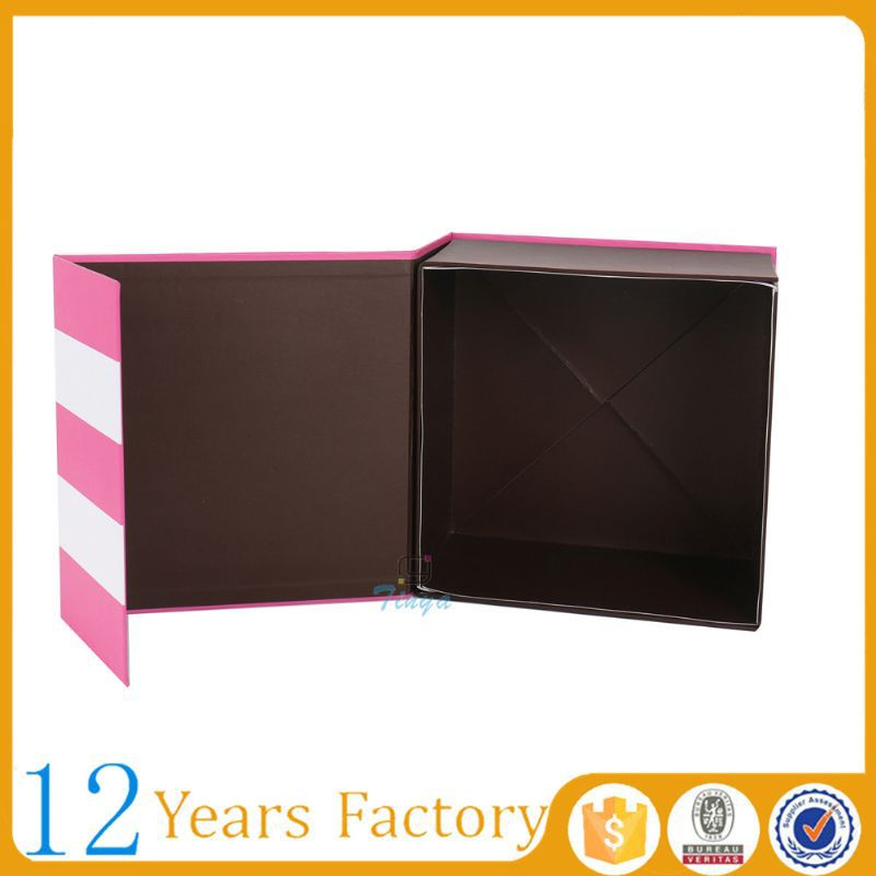 With hinged lid hot pink cardboard gift boxes