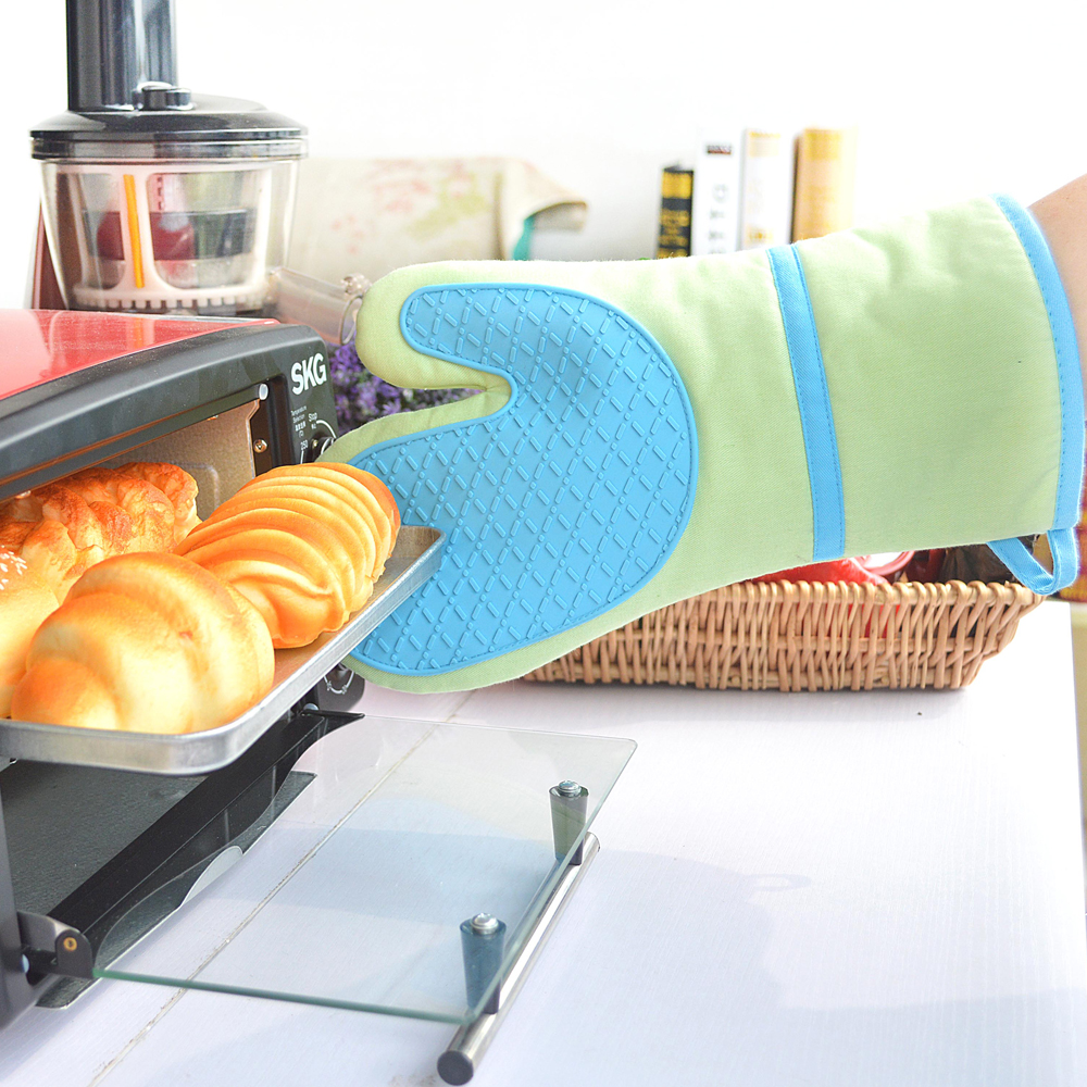 Silicone Oven Mitt Extra Long Oven Mitts with Quilted Liner for Extra Protection