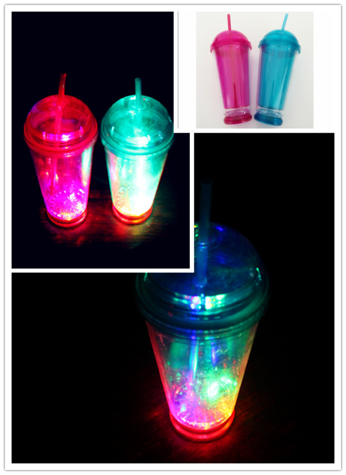 2016 China 16oz adult hall modern led plastic water cup with lid