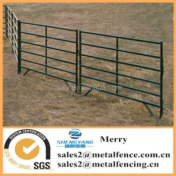 cheap metal livestock animal farm fence rails holding yards ranch fence panels