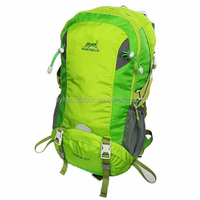 Waterproof Cycling Hydration Backpack Travel Hiking Camera Daypack Journey Bags 40L Green Light Backpack