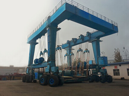 Used for Lifting Boat crane travelling gantry crane