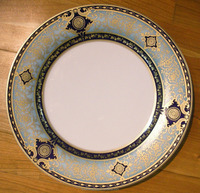 newest royal luxury ivory round bone china dinner plate with decal