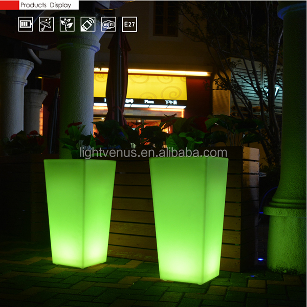 Outdoor LED Flower Pot light planter lighted plastic pot decor for hotel/ home