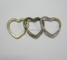 Factory supply Metal colored heart keyring for keychain
