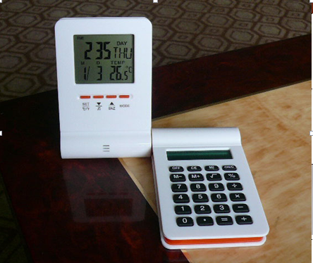 calculator and temperature clock