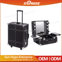 China Supplier Fashion Design cosmetic suitcase
