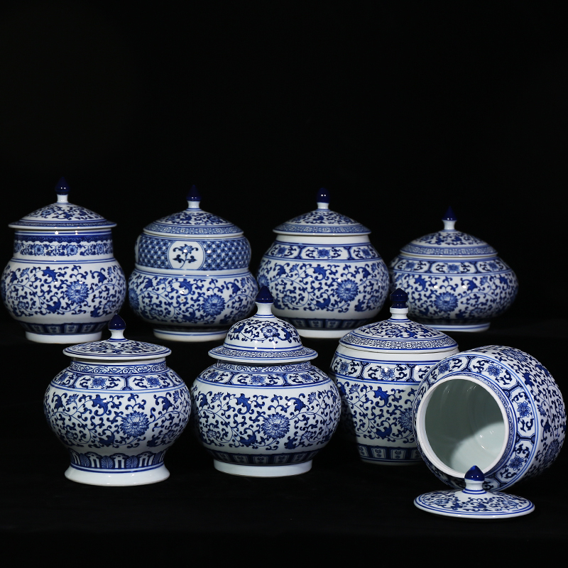 Small Size Traditional Chinese Antique Blue And White Ceramic Storage Jars