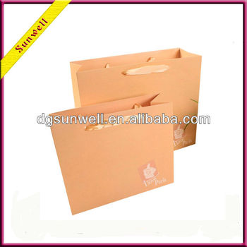 Hot sales !!! Made in Dongguag gift paper bag wholesale for Holiday & Christmas gift wrap packaging