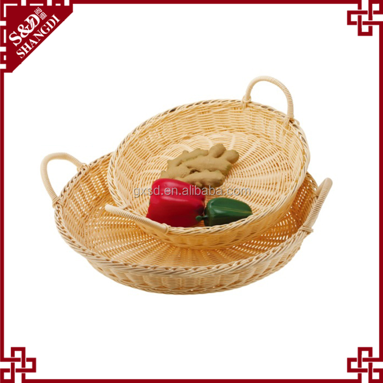 Cheap wholesale food tray eco-friendly plastic wicker basket with handle