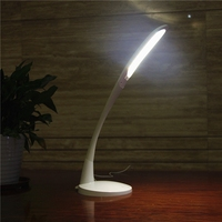 Hot selling flexible arm desk lamp with 3C lighting mode