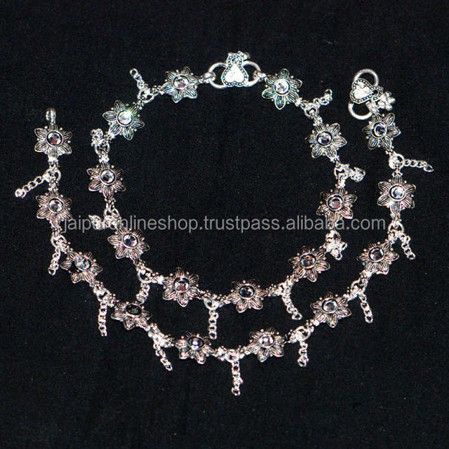 Beautiful Looking Stylish Fashion Anklets for Girls Women