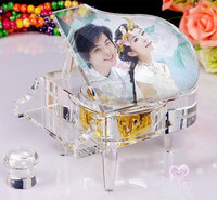 popular piano shape Melody crystal music box with your picture