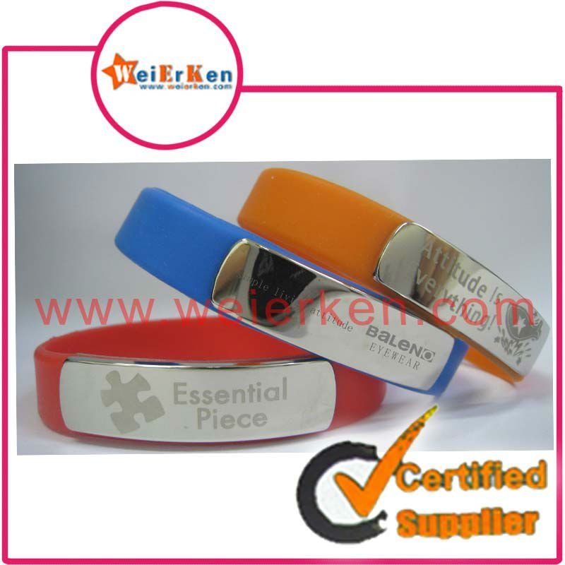 2012 new design promotional metal silicone bracelet